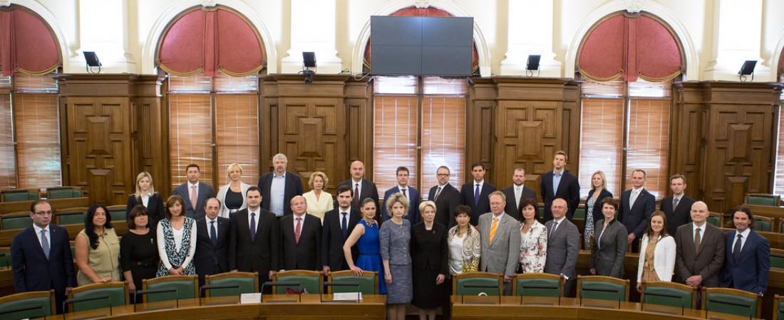 Pie Mimi saņem pateicību no Saeimas priekšsēdētājas Ināras Mūrnieces!